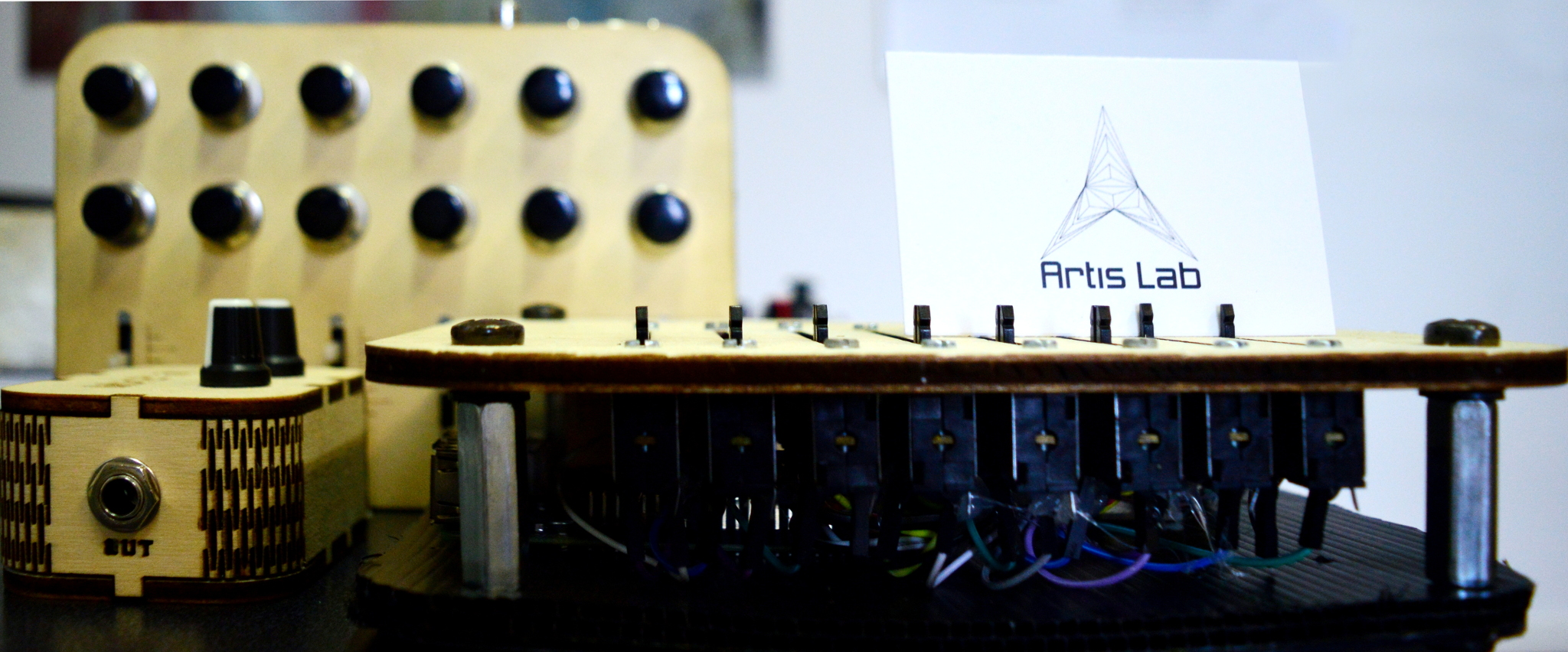 Pure Data Raspberry Pi: Synthberry Pi - DIY Synth - Artislab it