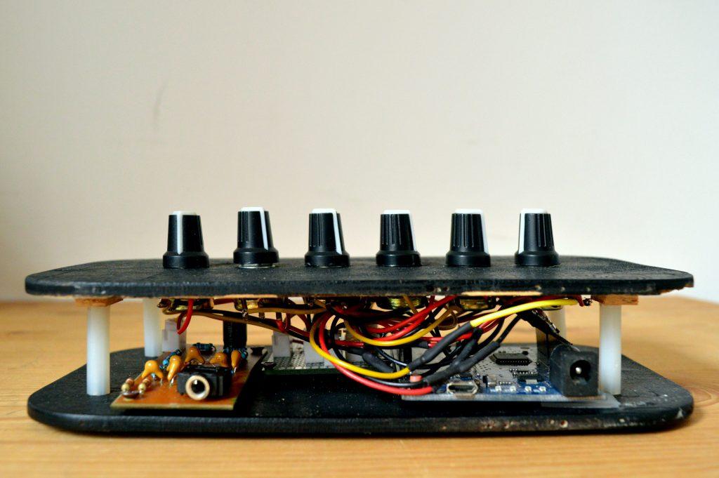 Deep1MKII Arduino synth fai da te