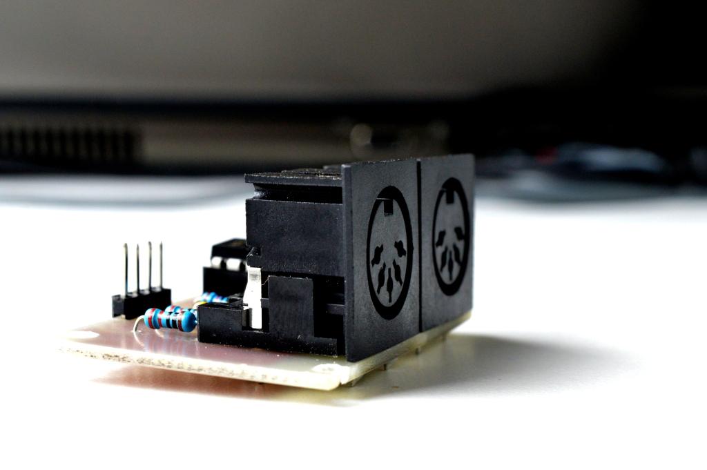 MIDI-IN-OUT: un modulo per usare il MIDI con Arduino
