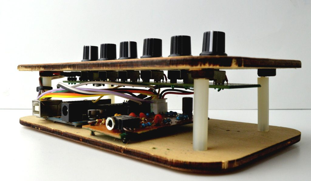 DPSynth 01: un synth basato su Arduino Uno