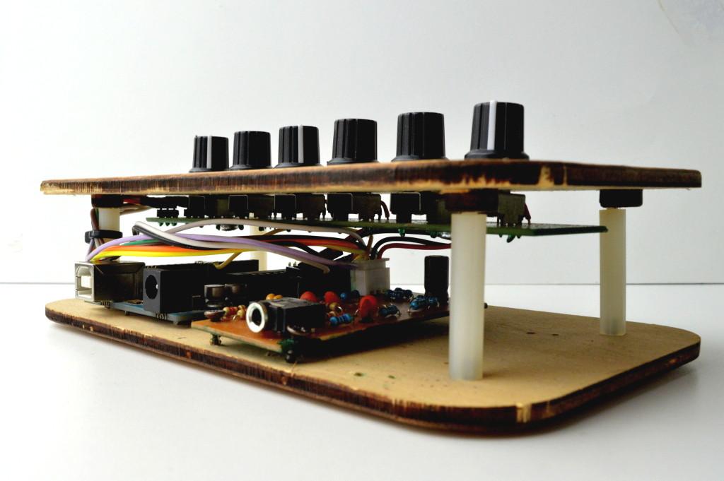 DPSynth01 arduino synth